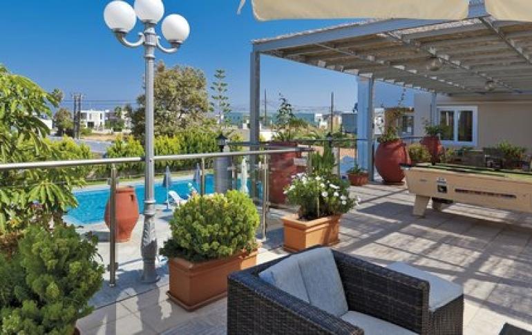 koukouras-hotel-lia-apartments (1).jpg